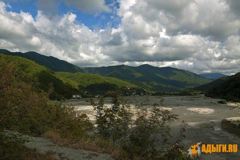 Легенды Шапсугии - Предание о Священном лесе ТхьачIэгъмэз