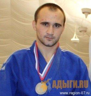 Мэремыкъуэ Азэмэт - Азамат Маремуков (Дзюдо)