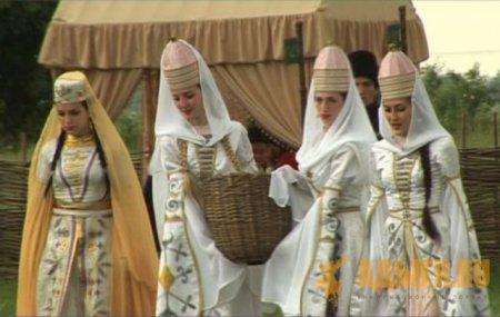 Нысащэ: обряды и песни в доме «Тещэрып1»
