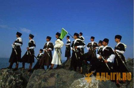 Участники конного перехода у берегов Турции. Впереди последний переход на пути к родине (1998 г.)