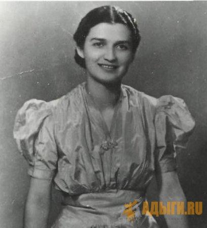 Дугурхан Джабагиевой Халимат Джабагиева