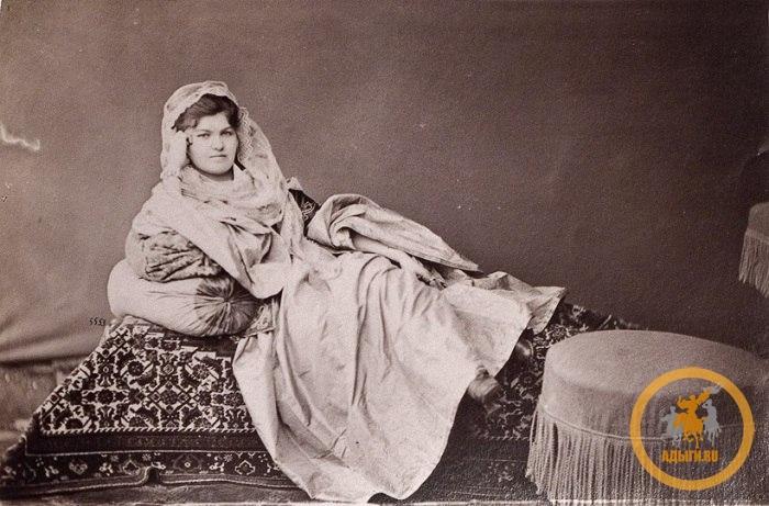 """Черкешенка"". Персия. 1870 г."