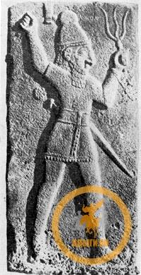 Фигура бога Грозы из Зинджирли
