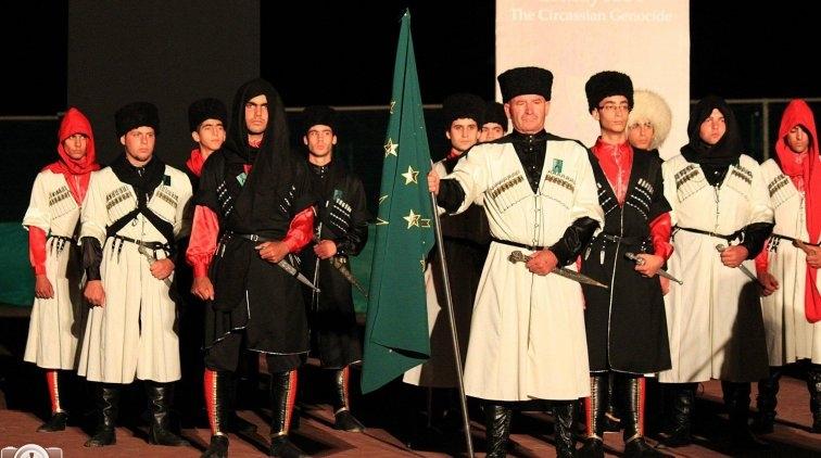 Шапсуги и джекеты на своих галерах совершали на Абхазию набеги с моря