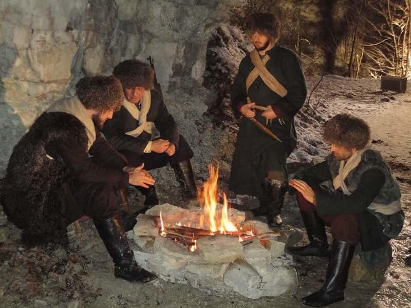 Чиркасы пятигорские считают себя христианами и имеют особенный язык